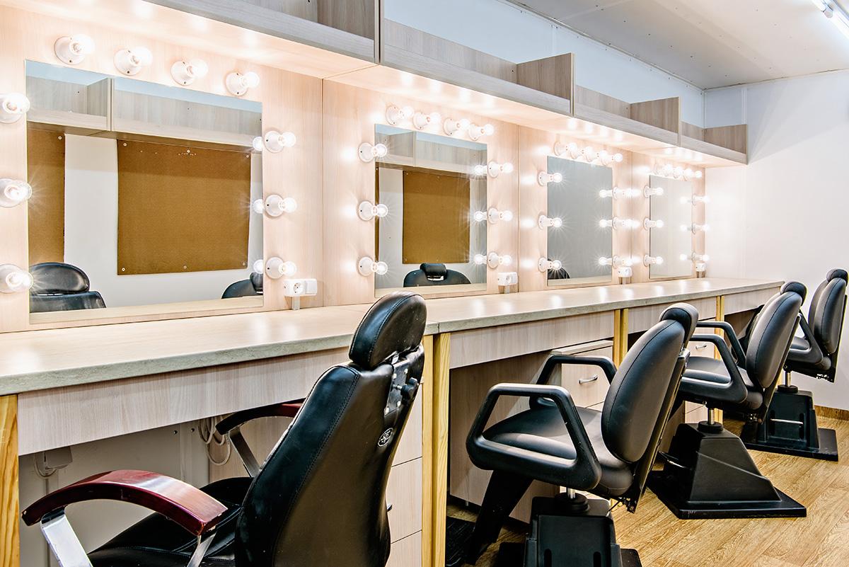 origorentals-4pos-makeup-trailer-2